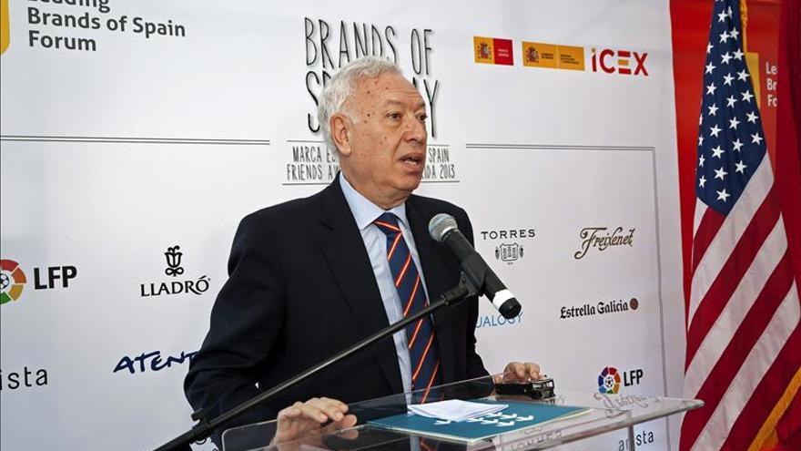 García-Margallo participa en la jura de la bandera para españoles en EE.UU.