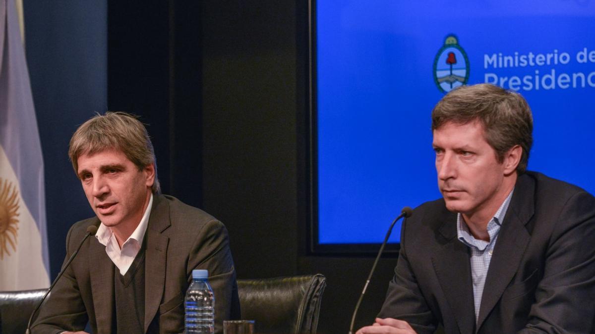 Caputo y Bausili se desempeñaron en la cartera de Finanzas durante el gobierno de Macri.