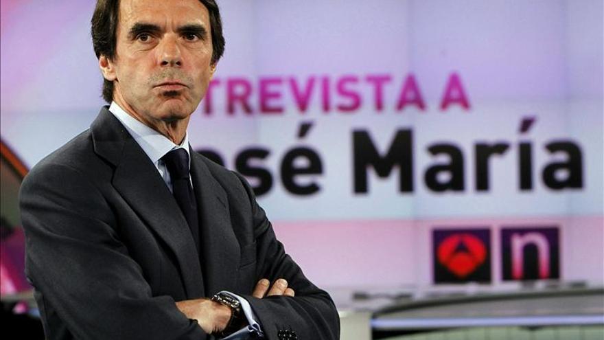 Aznar no descarta volver y dice que cumplirá con su responsabilidad