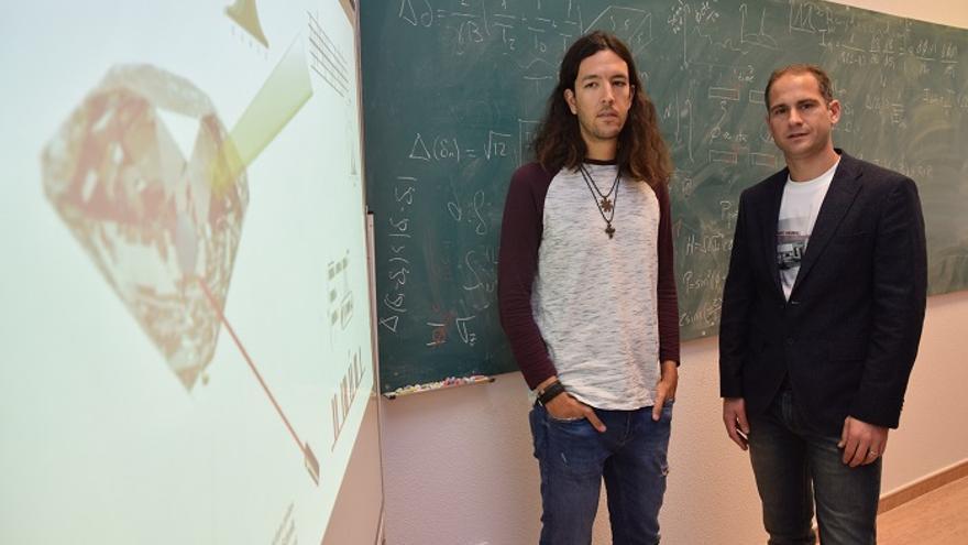 Javier Prior (derecha) junto a Santiago Casado.