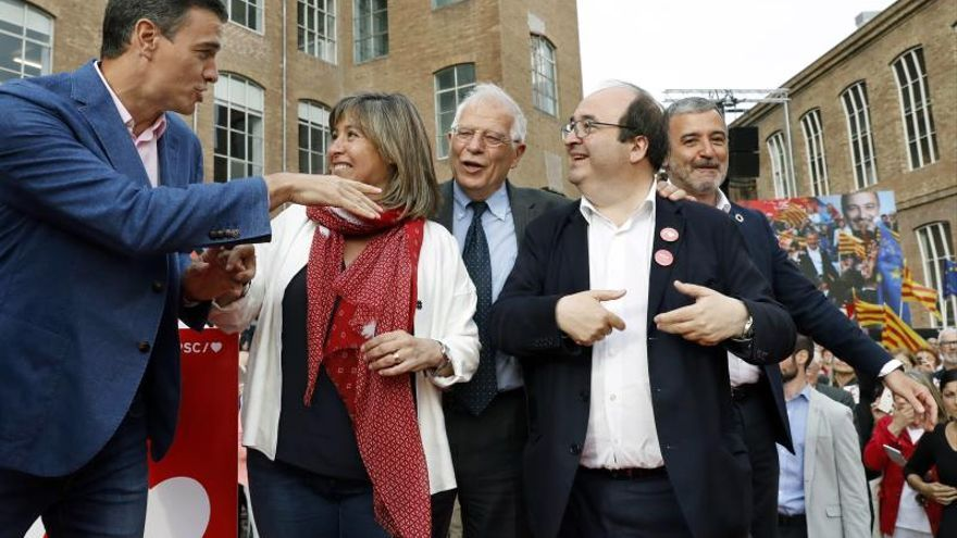 Sánchez, Marín, Borrell, Iceta y Collboni, durante el mitin de los socialistas en Barcelona PSC