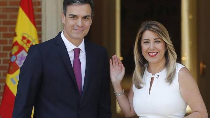 Pedro Sánchez recibe a Susana Díaz en Moncloa.
