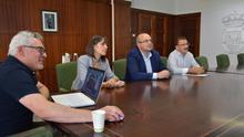 Reunión del Cabildo con el Ayuntamiento de Fuencaliente.