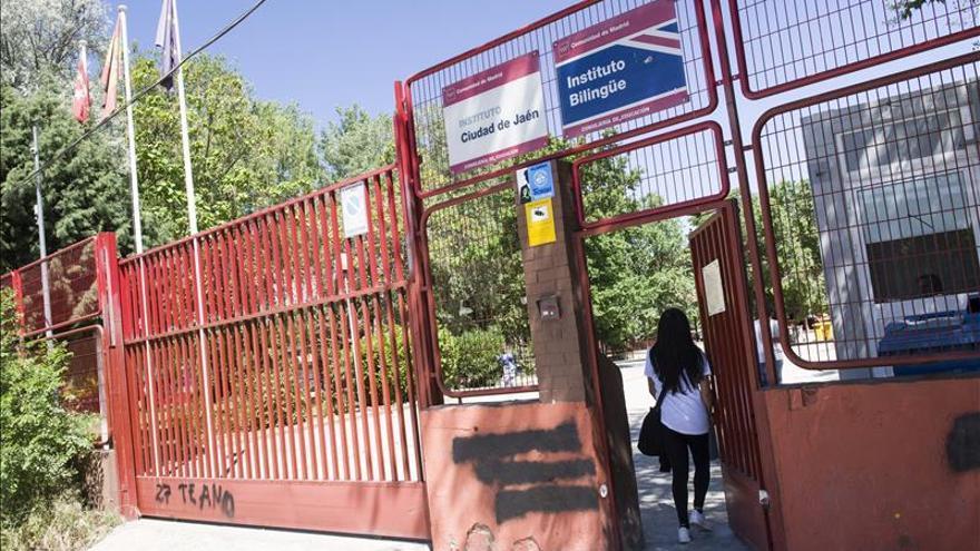 Imputada otra menor por el suicidio de la joven acosada en un instituto de Madrid