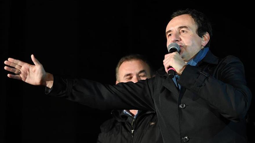Osmani y Kurti, dos opositores pugnan por la jefatura del Gobierno kosovar