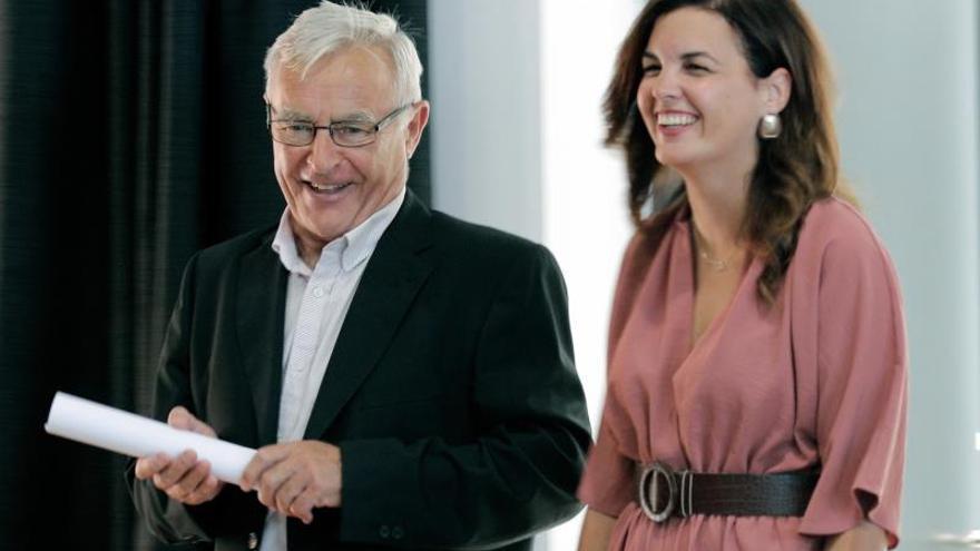 El alcalde de València, Joan Ribó, junto a la vicealcaldesa, Sandra Gómez.