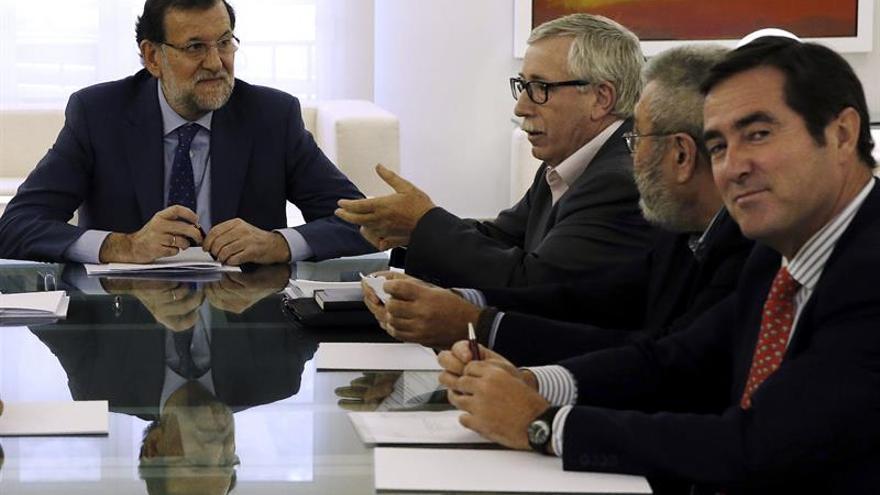 Rajoy retoma el diálogo social con patronal y sindicatos