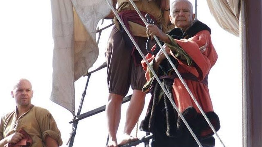 José Feliciano (derecha), en el barco de la Virgen de las Nieves.