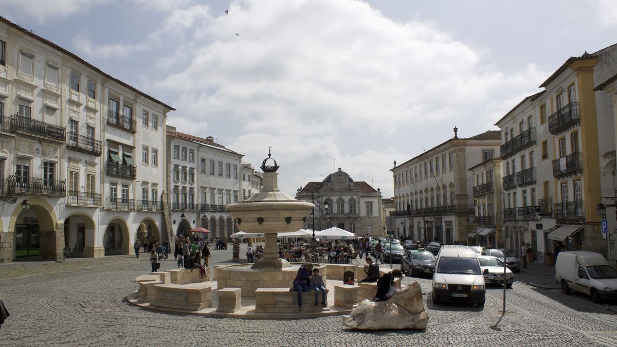 Plaza de Giraldo en Évora, capìtal del Alentejo