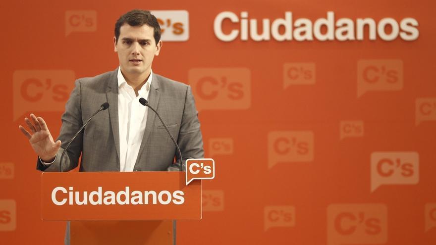 Ciudadanos aprovechará la polarización entre el PP y Podemos para buscar el voto de centro