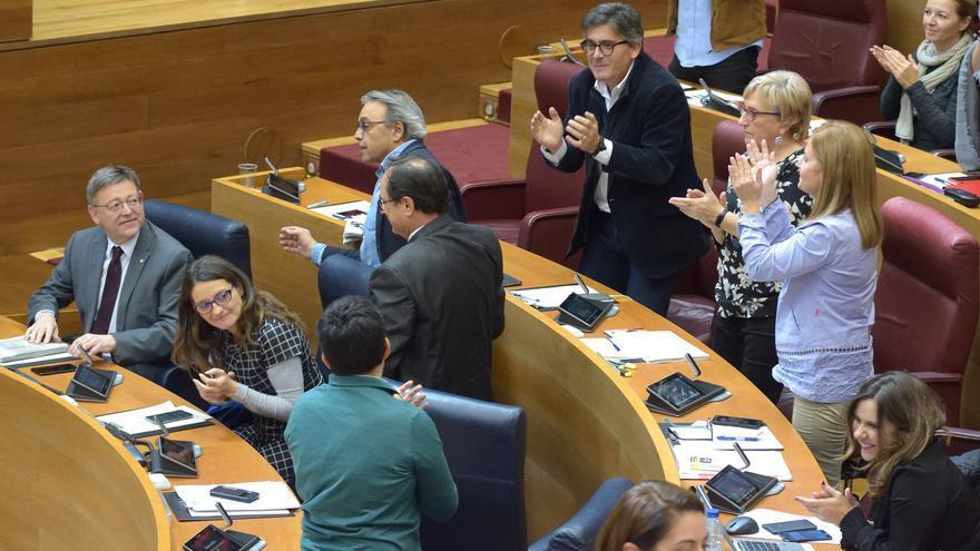 El president Ximo Puig durante el debate en las Corts sobre las enmiendas a la totalidad a la Ley de Acompañamiento de los presupuestos de 2018