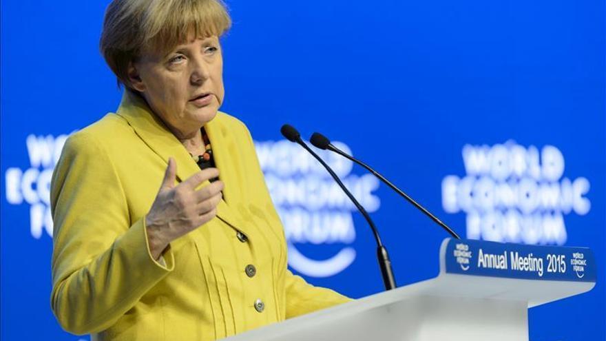 Merkel descarta una quita para Grecia y exige más ajustes y reformas a Atenas