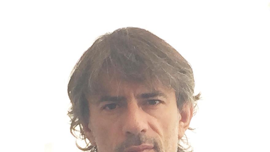 El escritor y periodista Juan Tallón