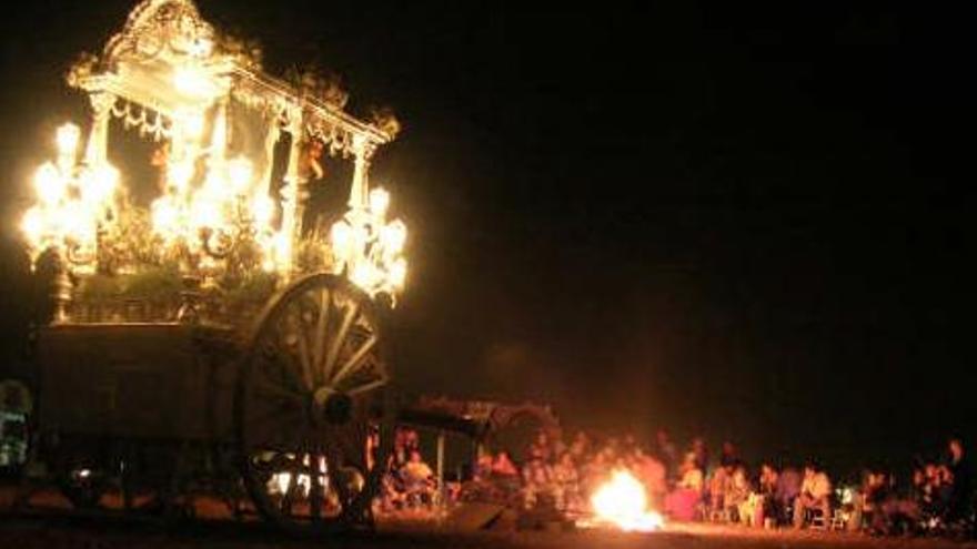 Candela durante la peregrinación al Rocío