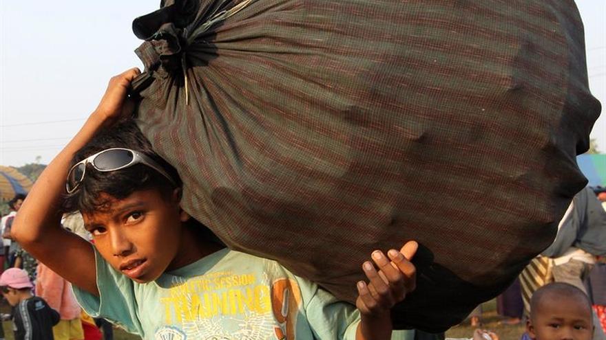 ONG pide la liberación de 35 solicitantes de asilo detenidos en Tailandia