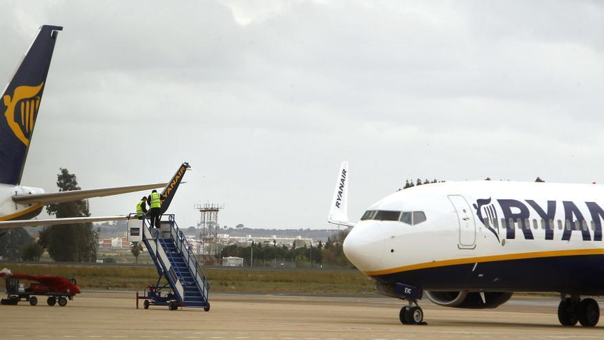 Un avión de Ryanair a Tenerife aterriza en Madrid por problemas técnicos