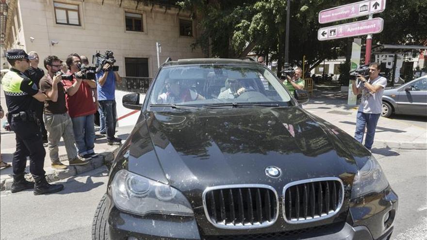 La UCO reclama en el ayuntamiento de Cartagena cuatro facturas de la trama Púnica