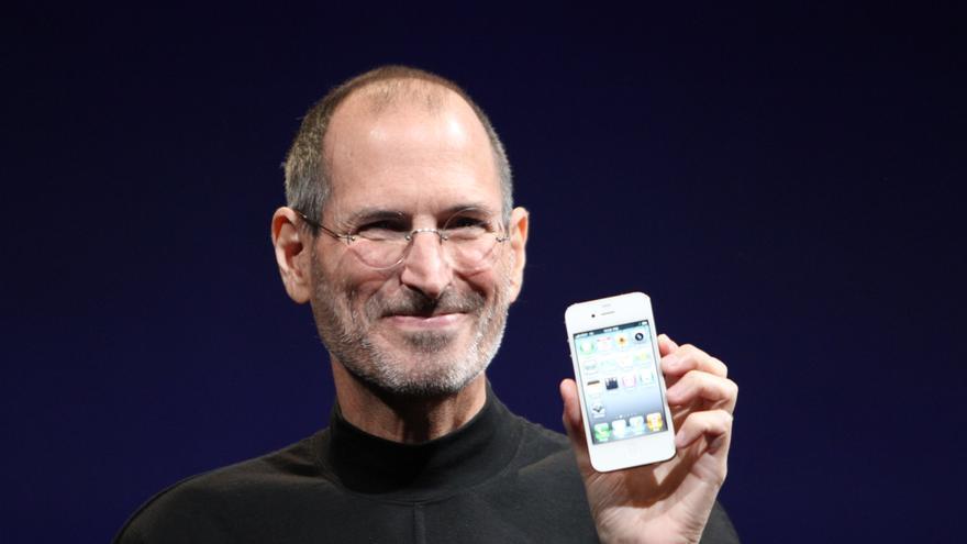 Steve Jobs no solo era un visionario de la tecnología, sino también un maestro de la oratoria
