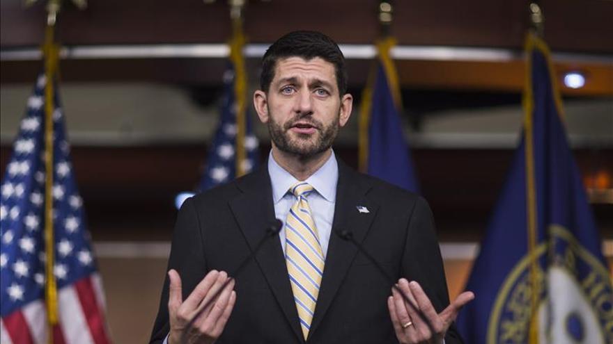 Legisladores republicanos anuncian pacto tentativo sobre el presupuesto en EE.UU.