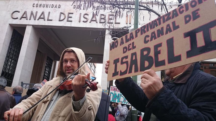 Protesta musical en defensa del Canal de Isabel II / @MadridSindical