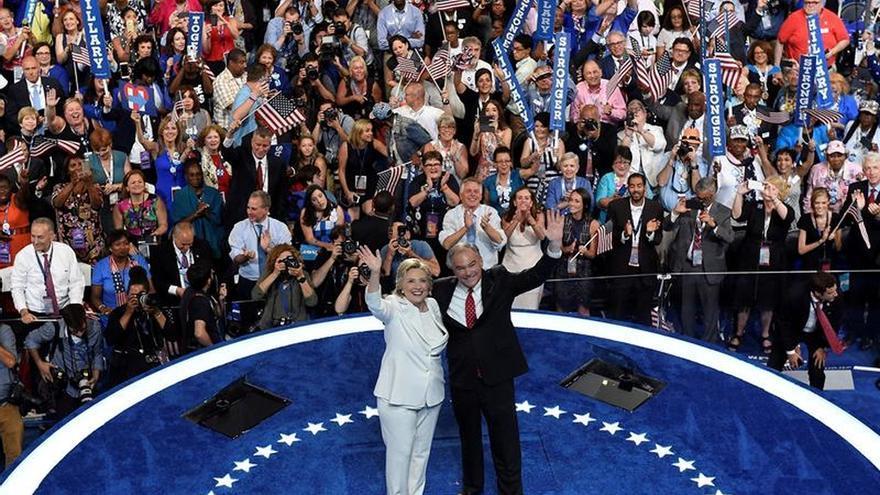 Clinton y Kaine, juntos en su primer mitin tras aceptar la candidatura