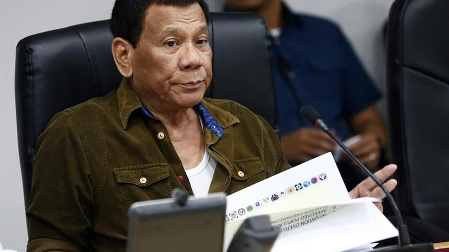 """Duterte anima a matar obispos católicos de Filipinas porque """"son inútiles"""""""