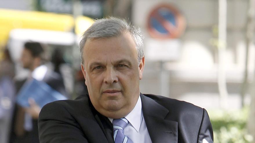 El exsecretario general del PP de Estepona y exconcejal Ricardo Galeote, a su llegada el 13 de abril de 2011 al Tribunal Superior de Justicia de Madrid (TSJM) / Juan Carlos Hidalgo (EFE)