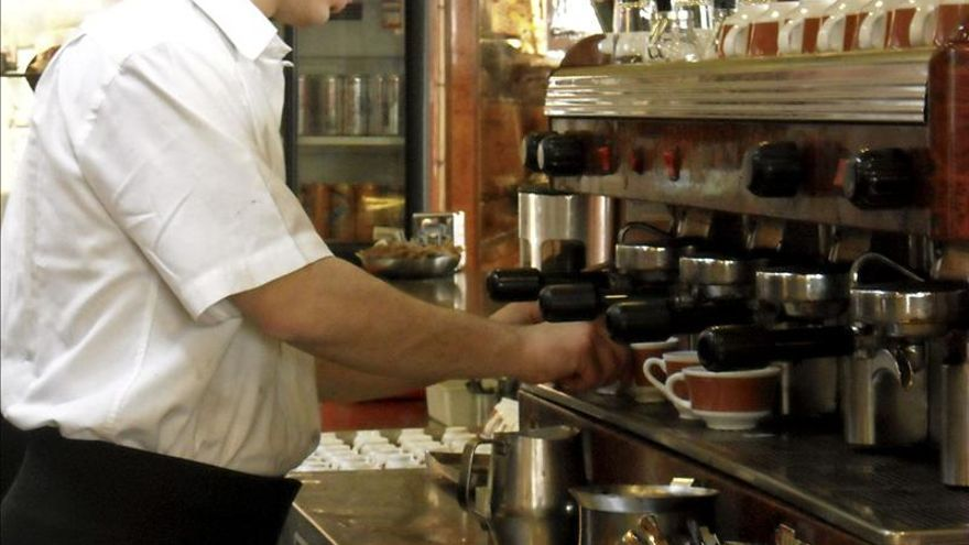 El coste neto por trabajador subió un 0,1 por ciento en 2013 hasta los 30.686 euros