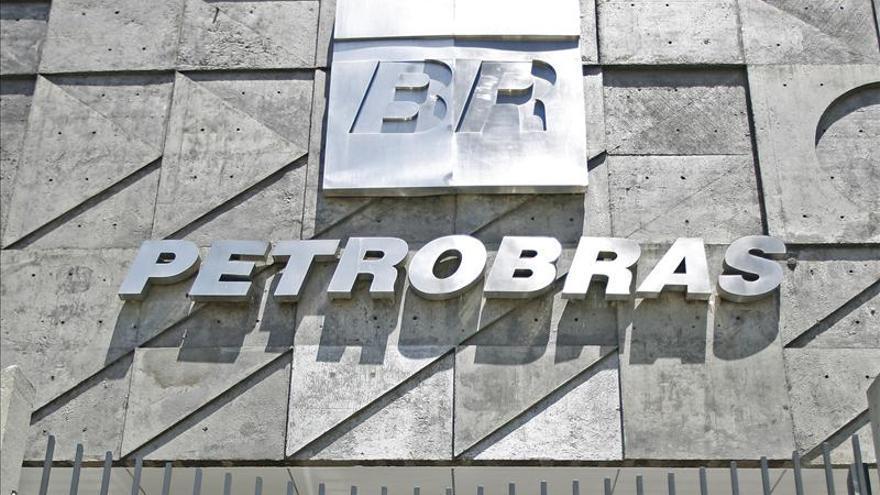 Director de constructora brasileña admite pago de sobornos en Petrobras