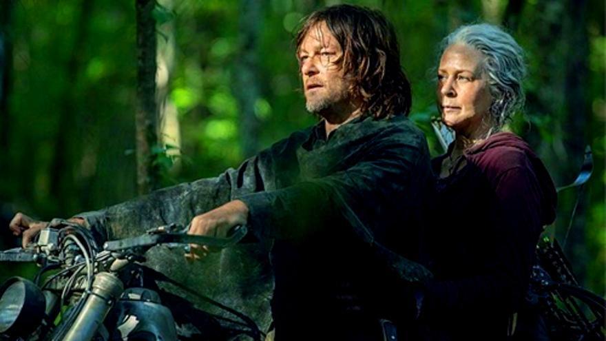 Carol y Daryl, en un episodio de The Walking Dead