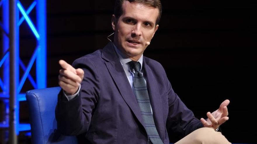 """Casado urge a Sánchez a elecciones porque el Gobierno """"se cae a trozos"""""""