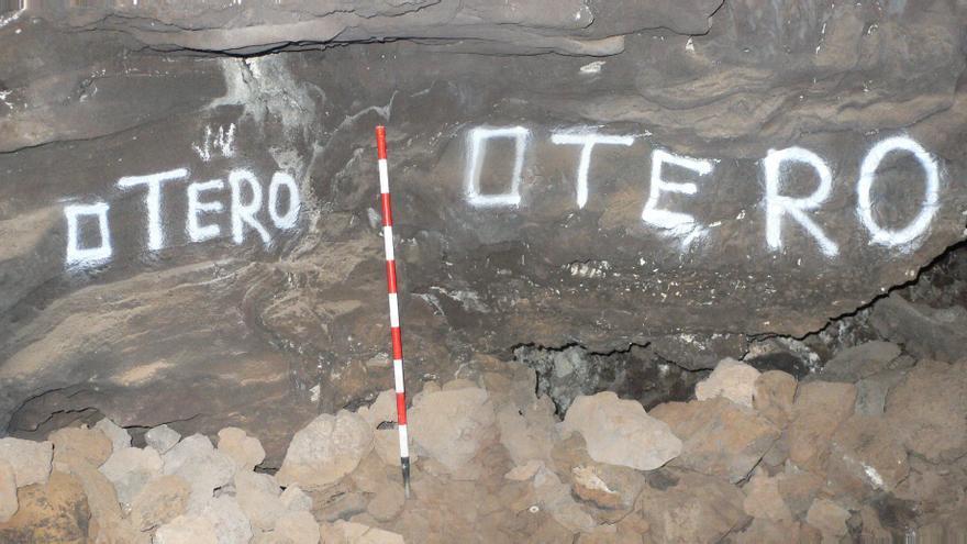 El patrimonio subterráneo del Volcán de la Corona carece de medidas que lo salvaguarden