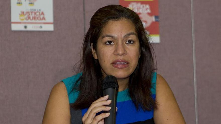 """Piden a la CIDH """"medidas de protección"""" para una salvadoreña juzgada por aborto"""