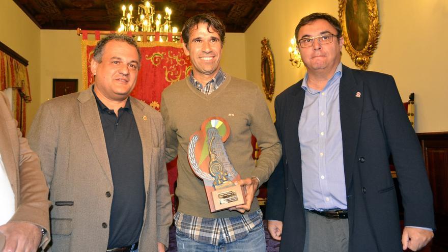 Juan Carlos Valerón recibe el 'Silvestre del Año', en reconocimiento a su trayectoria
