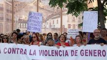 Decenas de personas se concentran en Barcelona para apoyar a Juana Rivas