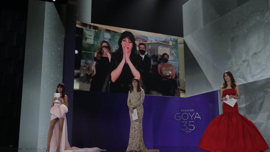 Mejor Dirección de Fotografía para Daniela Cajías por Las niñas / Miguel Córdoba – Cortesía de la Academia de Cine / EFE