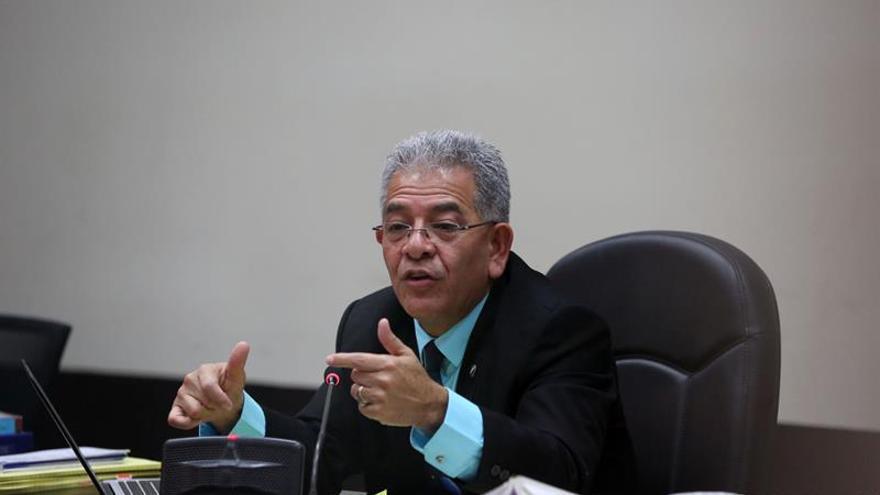 Convocan a una marcha para apoyar al juez que instruye las causas contra Pérez Molina