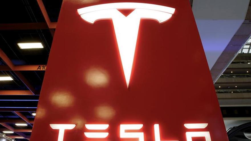 Tesla despedirá al 7 % de su plantilla para reducir costes