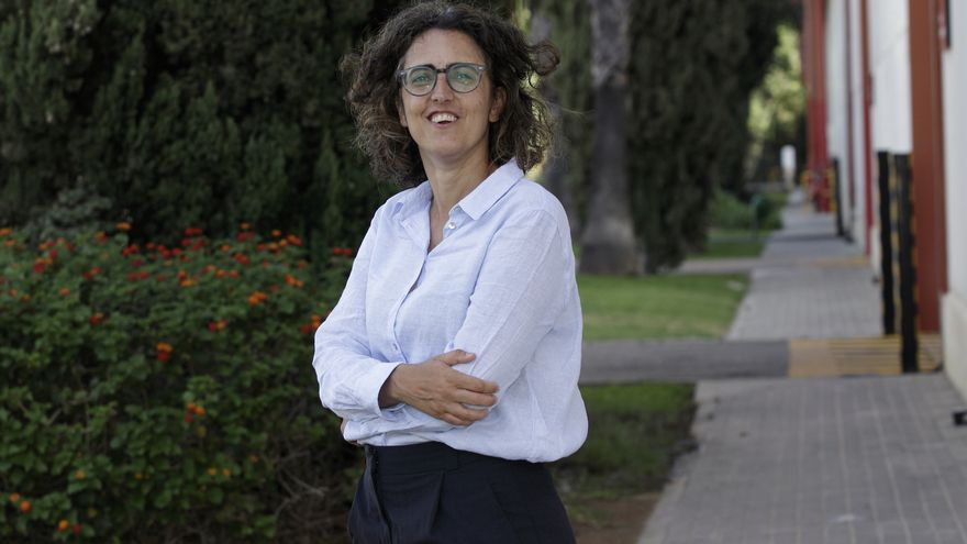 """Belén Barreiro, directora de Coca-Cola Europacific Partners en Sevilla: """"No hay que llevar traje y corbata para dirigir una fábrica"""""""