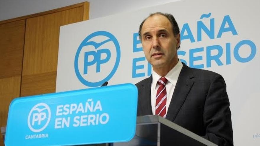 """Diego reitera su apoyo a Revilla para una reivindicación """"real"""" al Estado: """"La folclórica no suele surtir efecto"""""""