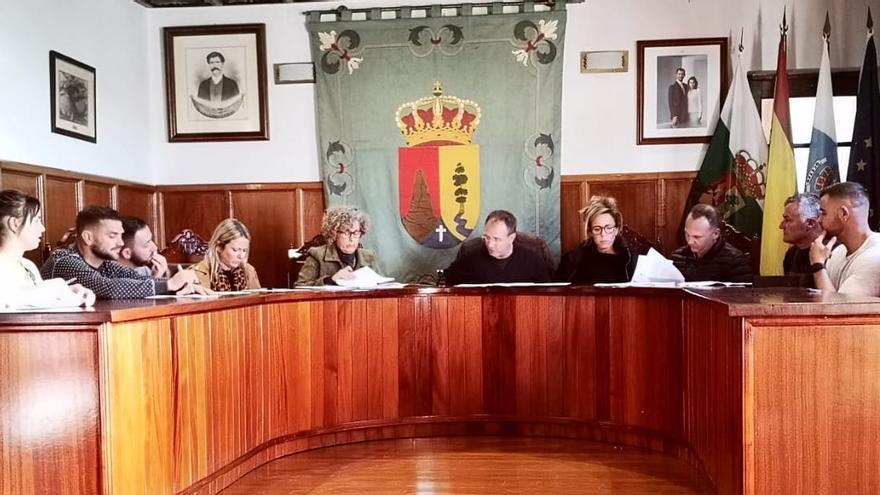 Sesión plenaria del Ayuntamiento de El Paso.