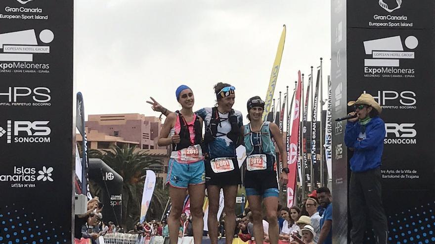 Podio femenino en la Maratón de la Transgrancanaria 2017.