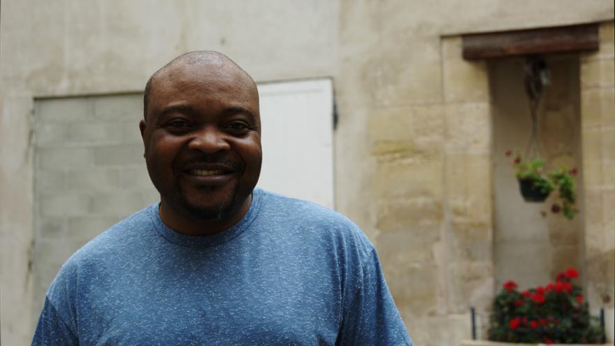 Davis Mac-Iyalla perdió su trabajo y fue expulsado de la Iglesia anglicana, lo que le motivó a politizarse y comenzar a luchar contra la homofobia en Nigeria. Andrea Olea.