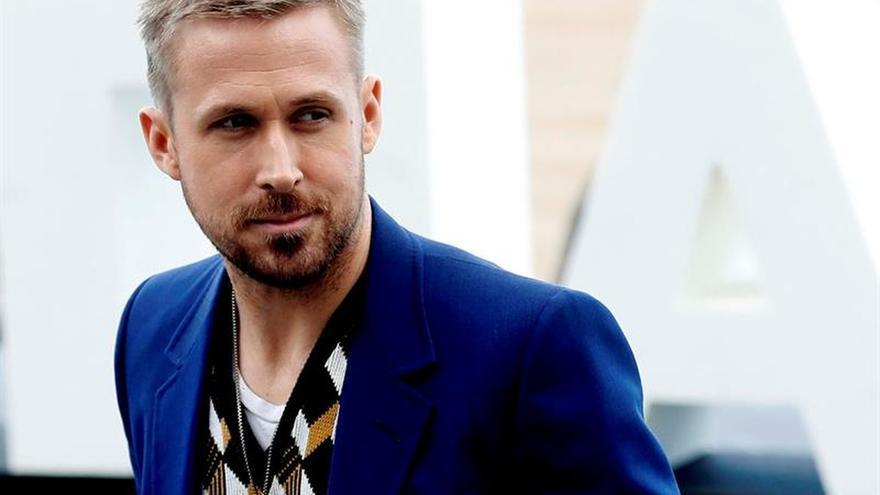 """Ryan Gosling aluniza con """"First Man"""" en los cines de EE.UU."""