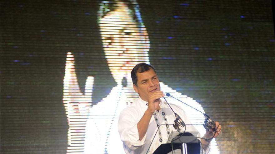 """Correa dice que el triunfo de Morales es """"otro golpe a la restauración conservadora"""""""