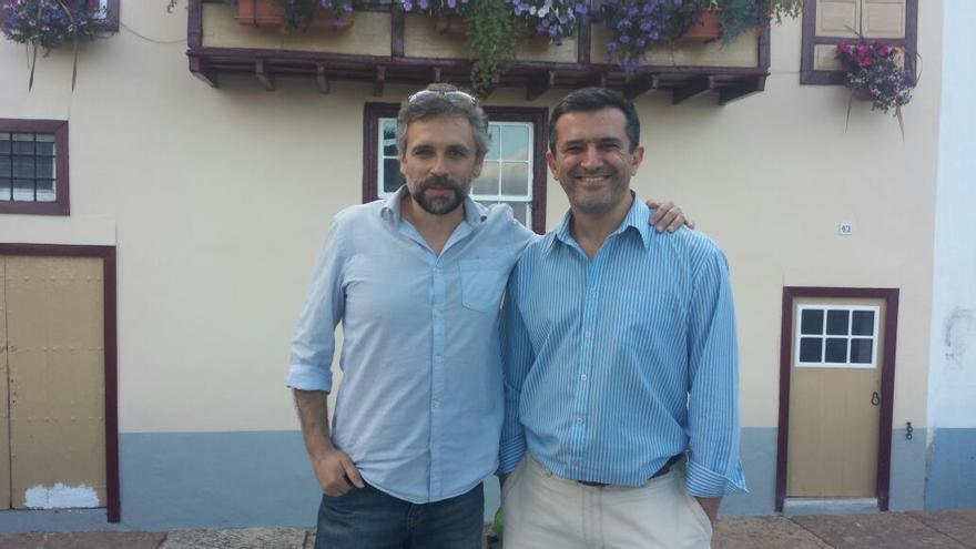 Pau Durà y Antonio Tabares han paseado este miércoles por la capital.