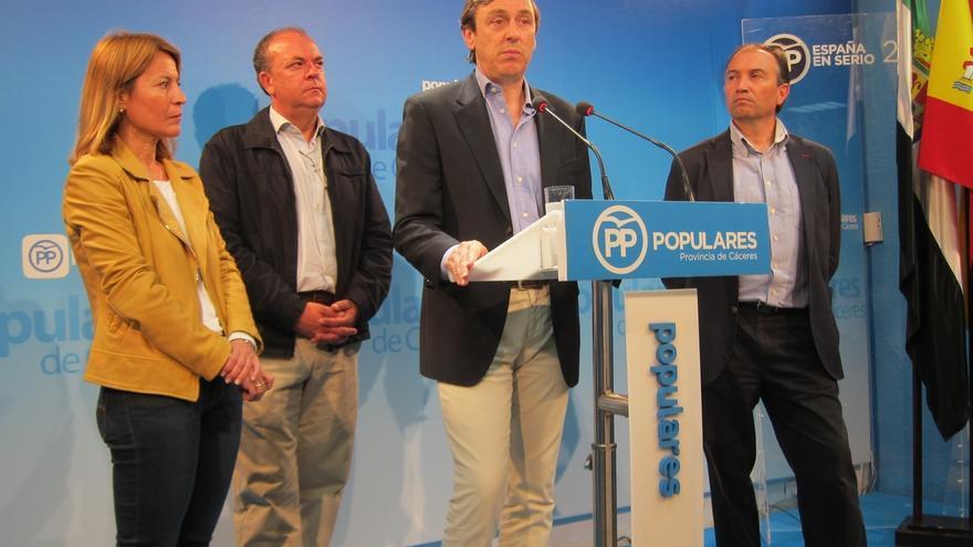 """Rafael Hernando asegura que el PP no se plantea la sucesión de Rajoy, sino su """"consolidación"""" como candidato"""