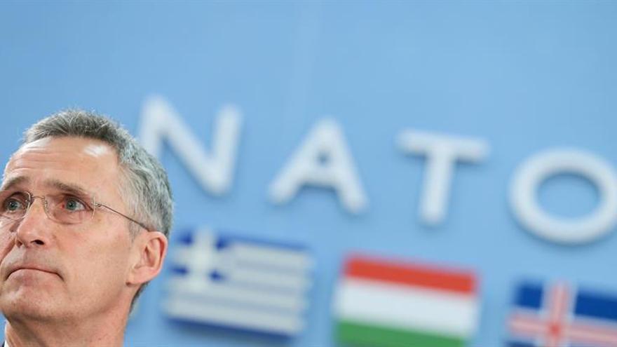 La OTAN extiende el mandato de Stoltenberg como su secretario general hasta 2020