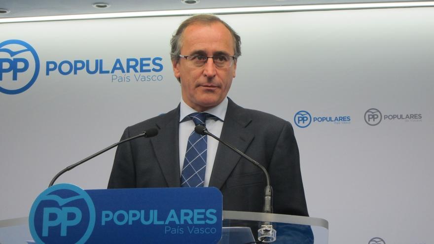 """Alonso confía en que se produzca una """"reacción de la sociedad catalana para defender su propia convivencia"""""""