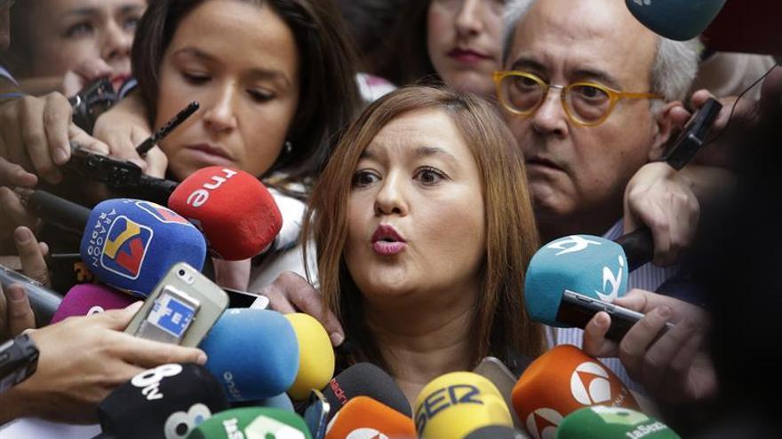 Verónica Pérez abandona Ferraz tras dos horas esperando a ser recibida